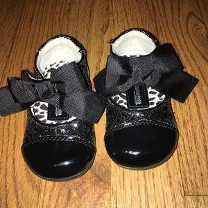 Black sparkle dress shoes